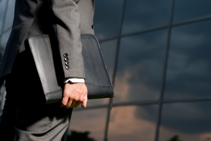 רושם ראשוני בראיון עבודה, כיצד להשאיר רושם נכון, קוד לבוש לראיון עבודה, לבוש לגבר.